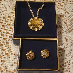 AVON vintage Sun Brilliance pendent & earrings